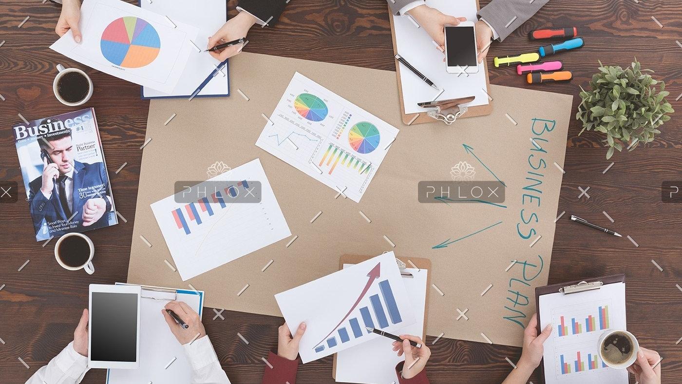 people-preparing-business-plan-PMM9WH8